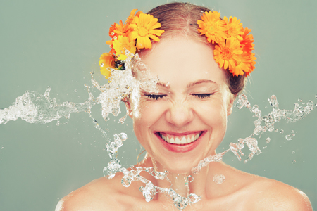 Pomladansko čiščenje - najboljši izdelki za čiščenje kože do 15 EUR!
