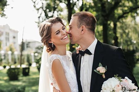 TOP 5 poročnih pričesk za leto 2018